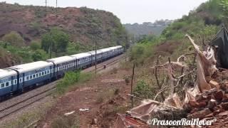 ALCO ABU ROAD WDM 3A 19666 UDZ ~ KURJ EXPRESS : INDIAN RAILWAYS
