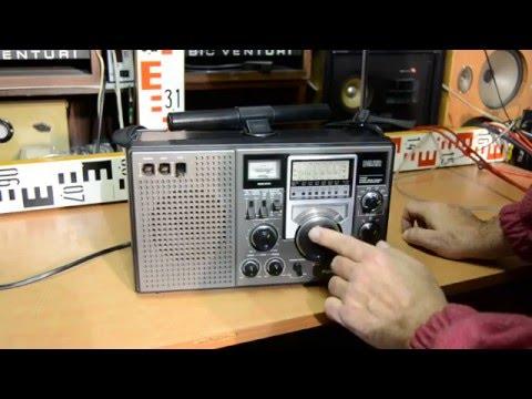 Panasonic DR22 World Receiver Japan 1977 (RF-2200 - USA, Cougar 2200 - Japan)