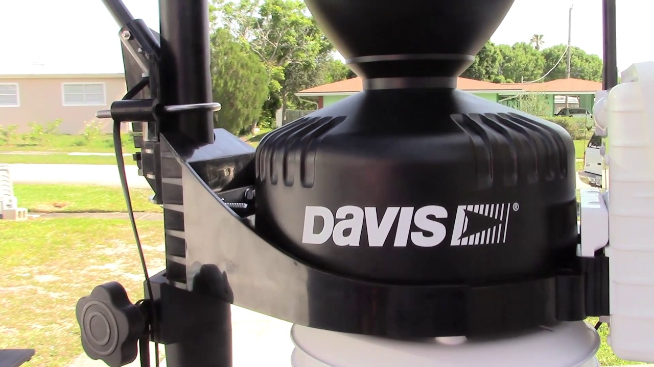 davis vantage pro 2 wireless home weather station complete review youtube. Black Bedroom Furniture Sets. Home Design Ideas