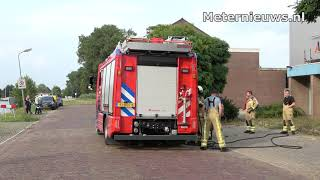 Boom in brand na wegbranden onkruid in Meppel