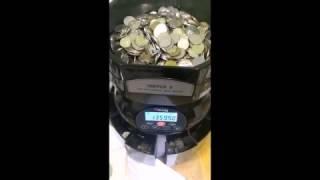 Подсчет денег в  сети торговых автоматов САМБЕРИ(Нелегка жизнь вендора. В прямом и переносном смысле. Вендинг это не только вкусный кофе. Это еще и килограмм..., 2016-12-26T06:34:35.000Z)