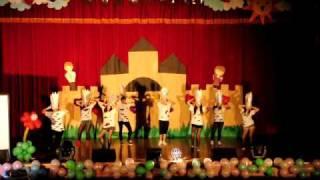 20100407明新科技大學-美[資]美儀,伴唱[機]王[國]-國企系系舞