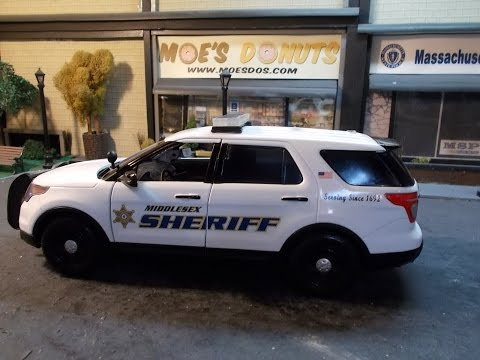 Middlesex County Sheriff MA 1/18 scale Ford Explorer