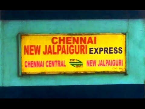 22612 New Jalpaiguri - Chennai SF with MGS WAP4 checks into Bhubaneswar