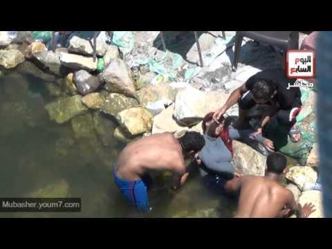 قفزة موت اطفال الشوارع فى النيل