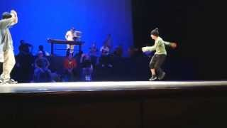 Cnk  vs Kairos batalla hip hop style  break dance