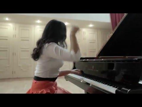 Dinara Klinton plays Liszt Etudes