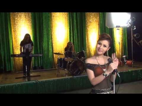 Behind the Scenes MV YingLee