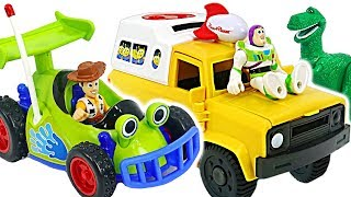 Toys are alive! Toy Story 4 Buzz Lightyear Pizza Planet Truck and Woddy R.C. car! #DuDuPopTOY