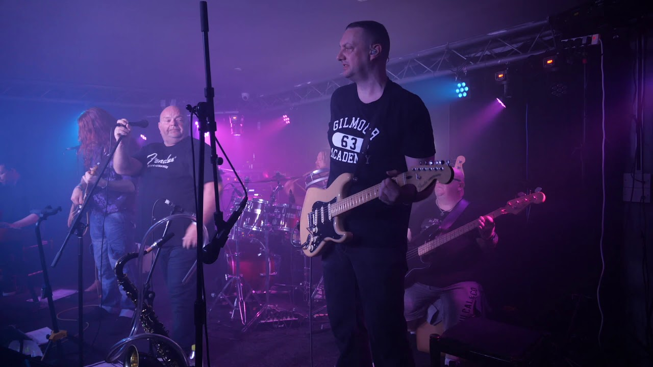 Comfortably Numb, The Bungalow, Paisley - 2019