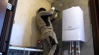 видео Стабилизатор напряжения 220 в для дома: как выбрать грамотно?
