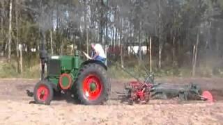 Traktor Hoffer (magyar Lanz-Bulldog) szántás Kiskunhalas 2011