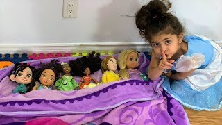 Buying and Playing with Disney Princess Dolls