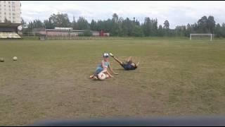 Типы людей в дворовом футболе)))