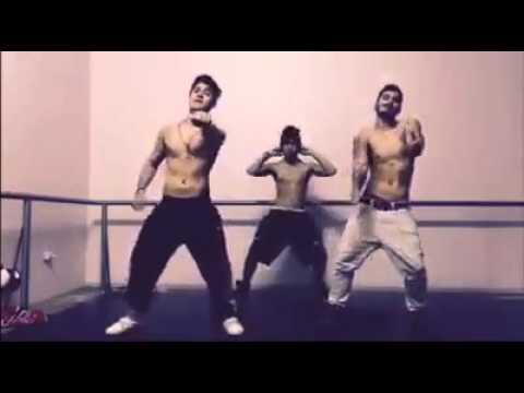 Trio Yeah Dançando Take You Down(Chris Brown)