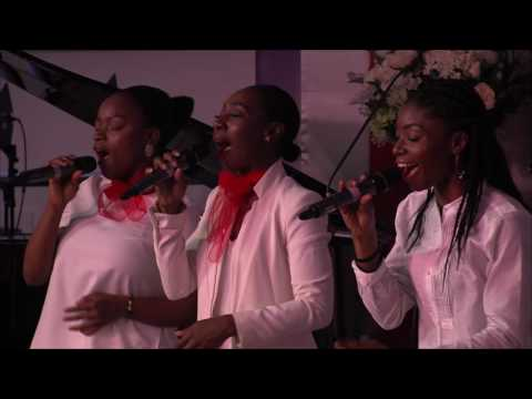 Nathaniel Bassey ministering at Glory House Convention
