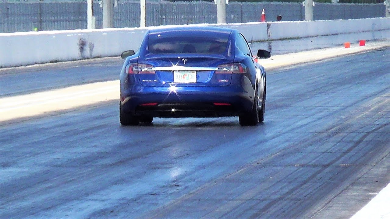 Tesla Vs Lamborghini Huracan 1 4 Mile Drag Racing Battle Who Is