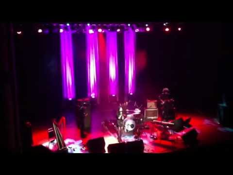BIC RUNGA | Sway - Live @ The Olympia Theatre, Dublin