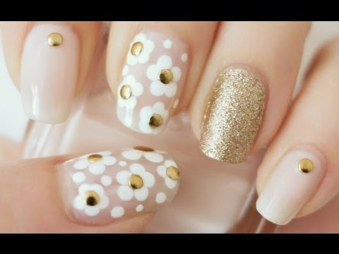 ✿ Marc Jacobs Daisy Inspired Nails (dotting tool or bobby pi