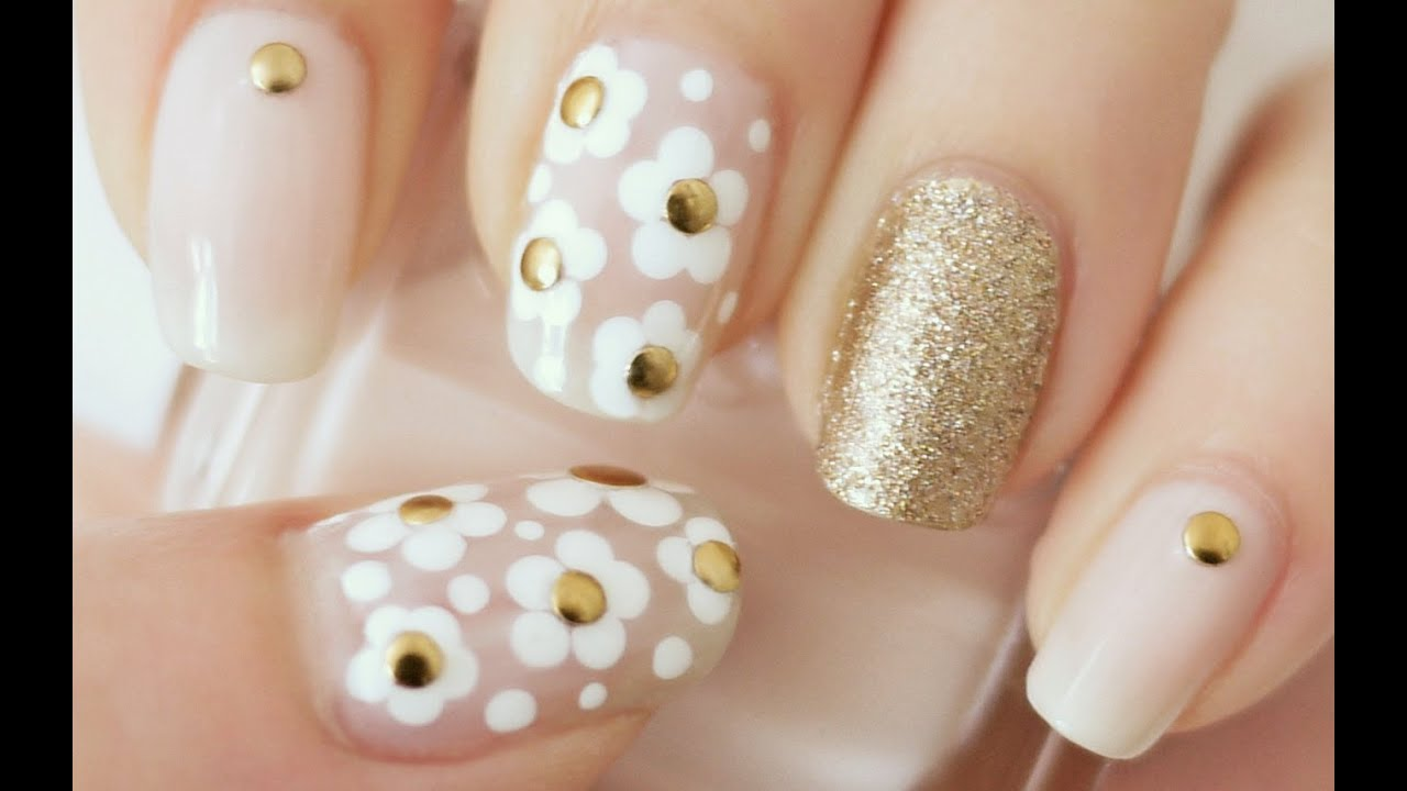 ✿ Marc Jacobs Daisy Inspired Nails (dotting tool or bobby pin ...