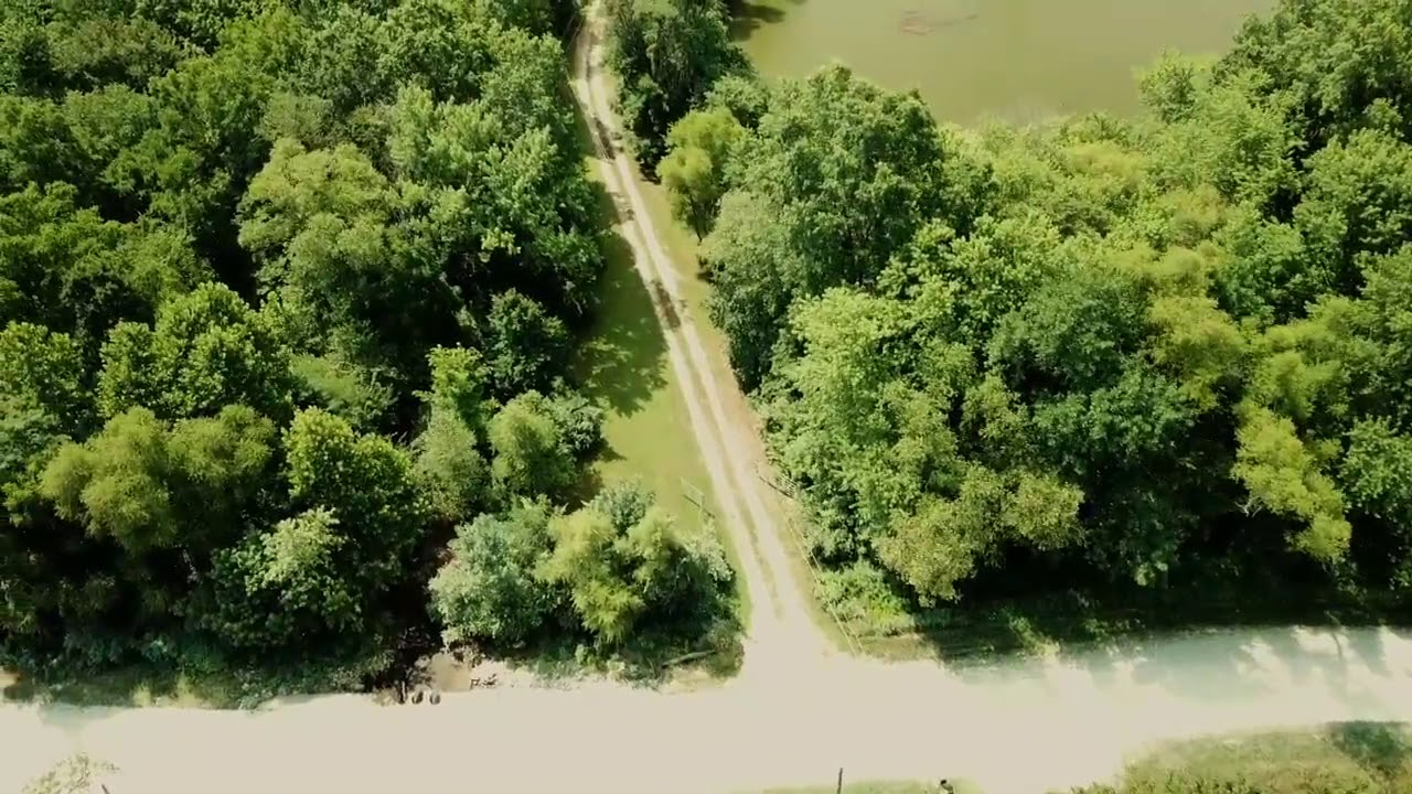 82+ acre near Columbia Mo 65202- 7 Deep Lakes!