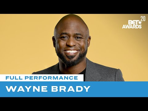 """Wayne Brady Honors Little Richard In """"Lucille"""" & """"Good Golly Miss Molly"""" Performance 