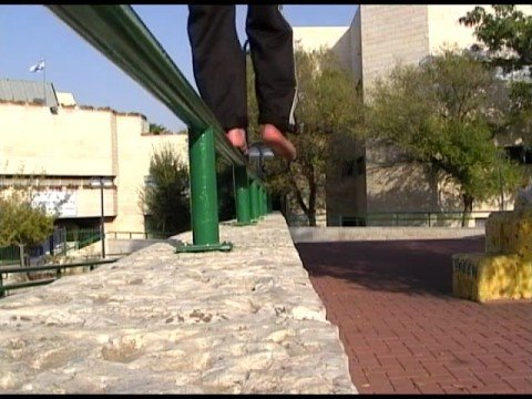 Barefoot Parkour Training