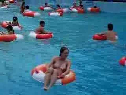 Floating in Dam Sen Waterpark - Saigon - 1