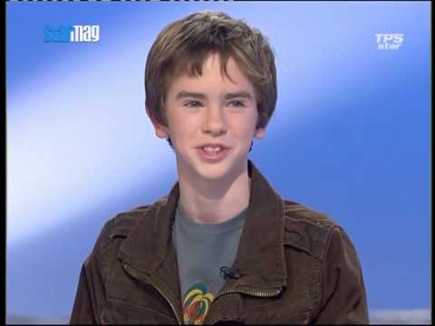"Interview de Freddie Highmore ""August Rush"" 2/3"