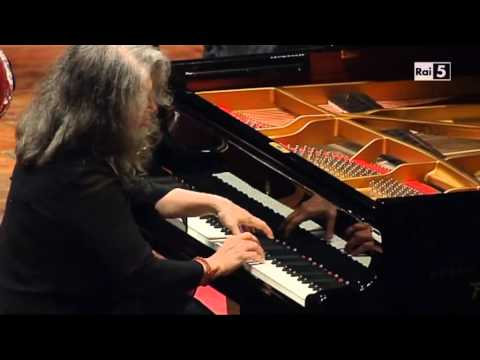 Martha Argerich plays Schumann's Piano Concerto in A minor (cond. Pappano) - Rome, 19 Nov 2012