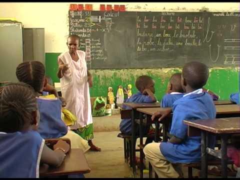 Odile, élève de la brousse - un film de Muriel Biton - 20mn 2005