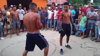 Boxeo callejero el calvo vs chucho en pueblo nuevo de mao