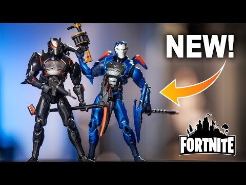 FORTNITE Carbide And Omega McFarlane Toys Action Figure Review