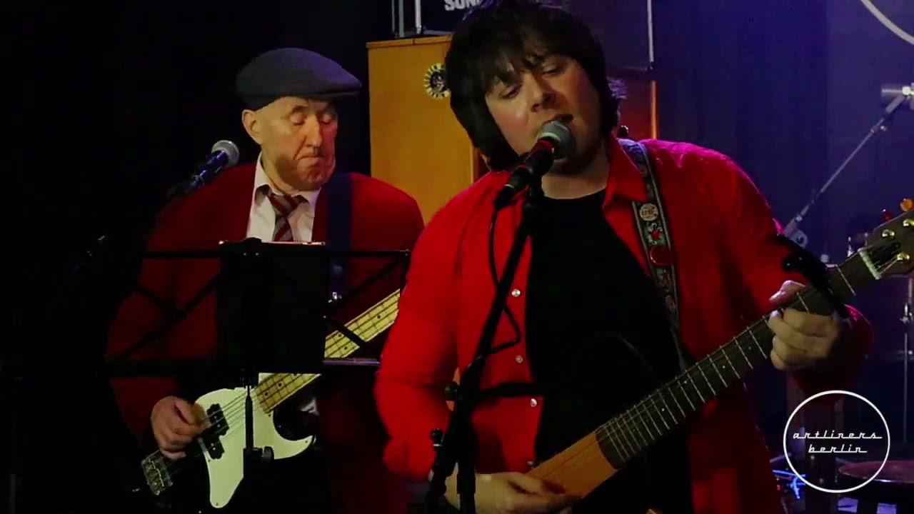 Crimson Sunday live at Artliners Berlin