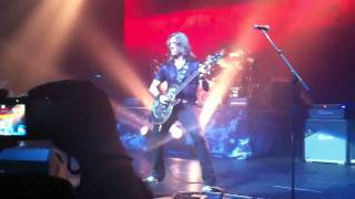 Angra - For Whom the Bell Tolls (Metallica) @ CitiBank Hall (13/11/10)