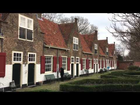 """Traveller: The Netherlands, Naaldwijk, Old Church and """"Heilige Geest Hofje"""""""