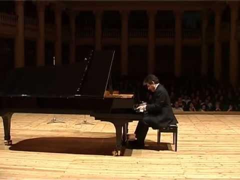 Rachmaninoff Etude-Tableau in C minor, op.33; Edisher Savitski, Piano