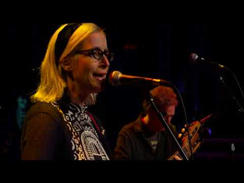 Laura Veirs - Seven Falls (Live on eTown)