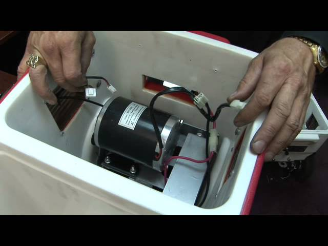 How the coolers motor compartment is configured
