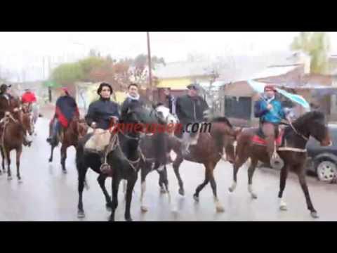Cimolai encabezó una cabalgata gaucha por los barrios