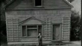 buster keaton - Steamboat Bill Jr.