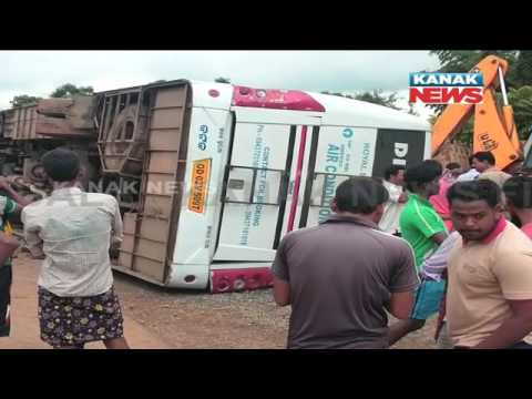 11 Injured In Road Accident In Nabarangpur