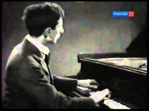 Yakov Flier plays Liszt Sonata with Konstantin Igumnov - video 1935