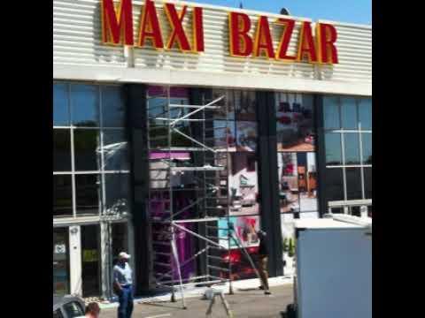 Façade Maxi Bazar - Publicity Shop