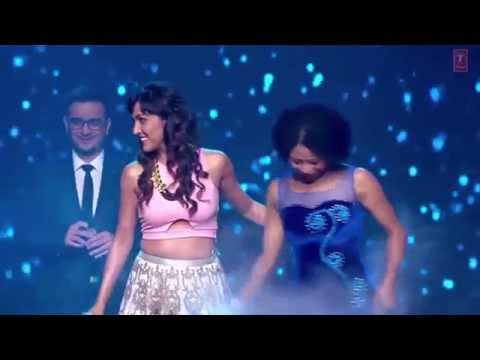 Manwa Laage - Neeti Mohan Live performance in Happy new year music launch