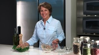 Easy Nutritious Lunch Idea: Make A Tuna And White Bean Salad | Herbalife Recipes