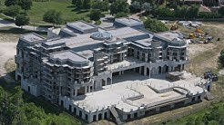 13 BIGGEST Houses