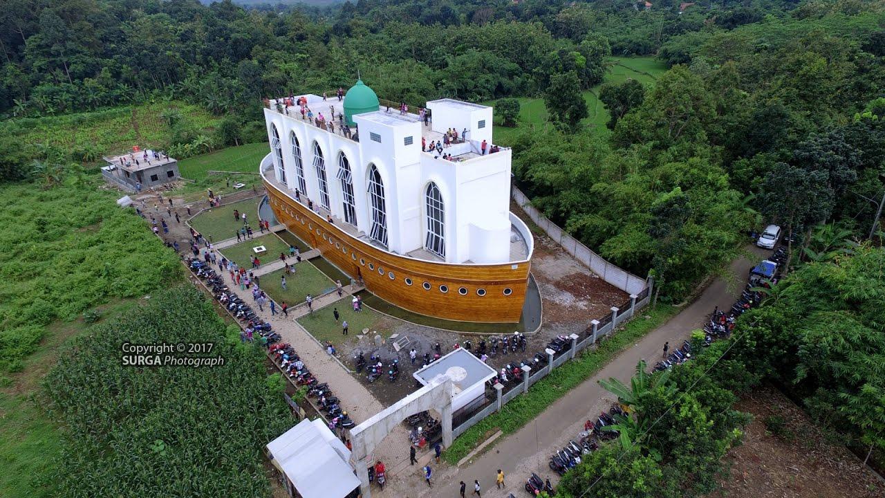 Gambar Masjid Kapal Semarang