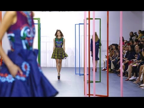 Holly Fulton   Spring Summer 2016 Full Fashion Show   Exclusive