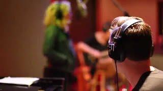 Смотреть клип Maor Levi & Brklyn Ft. Mariah Mcmanus - No Sleep